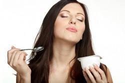 Нежирный йогурт при диете