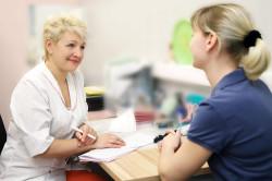 Консультация у врача перед применением арахиса для похудения