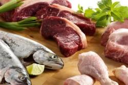 Мясо и рыба - основной рациона для дошкольников