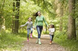 Польза прогулок на свежем воздухе для похудения