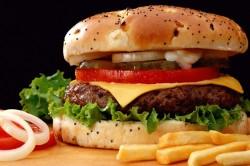 Фастфуд - причина детского ожирения