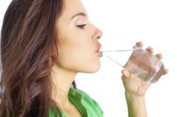Регулярное питье воды