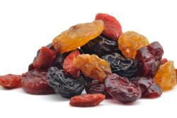 Употребление сухофруктов  во время диеты