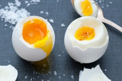 Перепелиное яйцо в мешочке