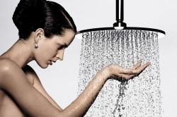 Польза контрастного душа для кожи груди